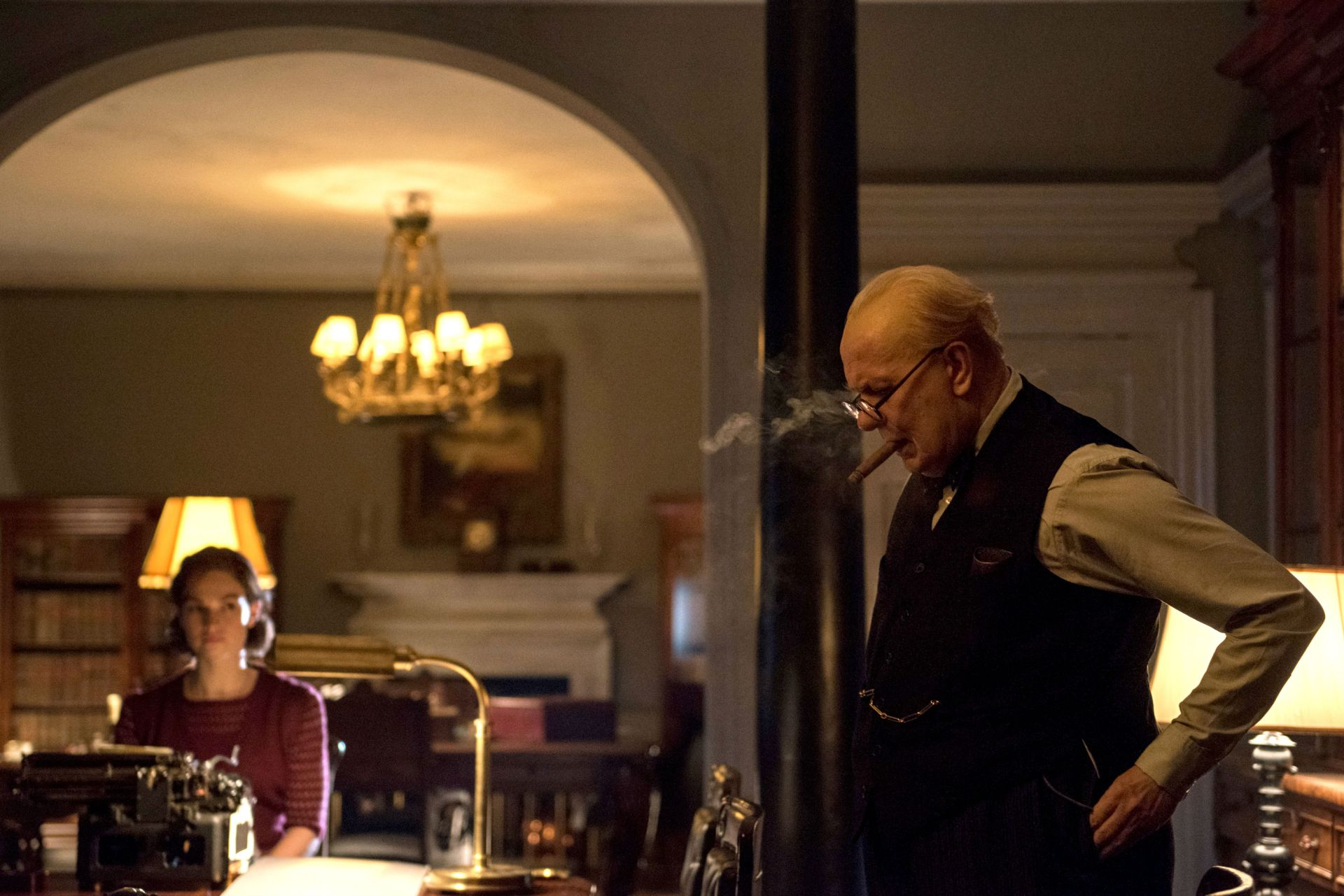 Darkest Hour, Gary Oldman, Lily James, Churchill with his typist Elizabeth Layton